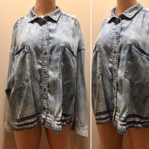 American Eagle Chambray Top